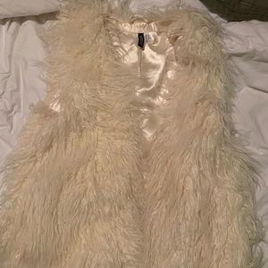 H&M faux fur cream vest